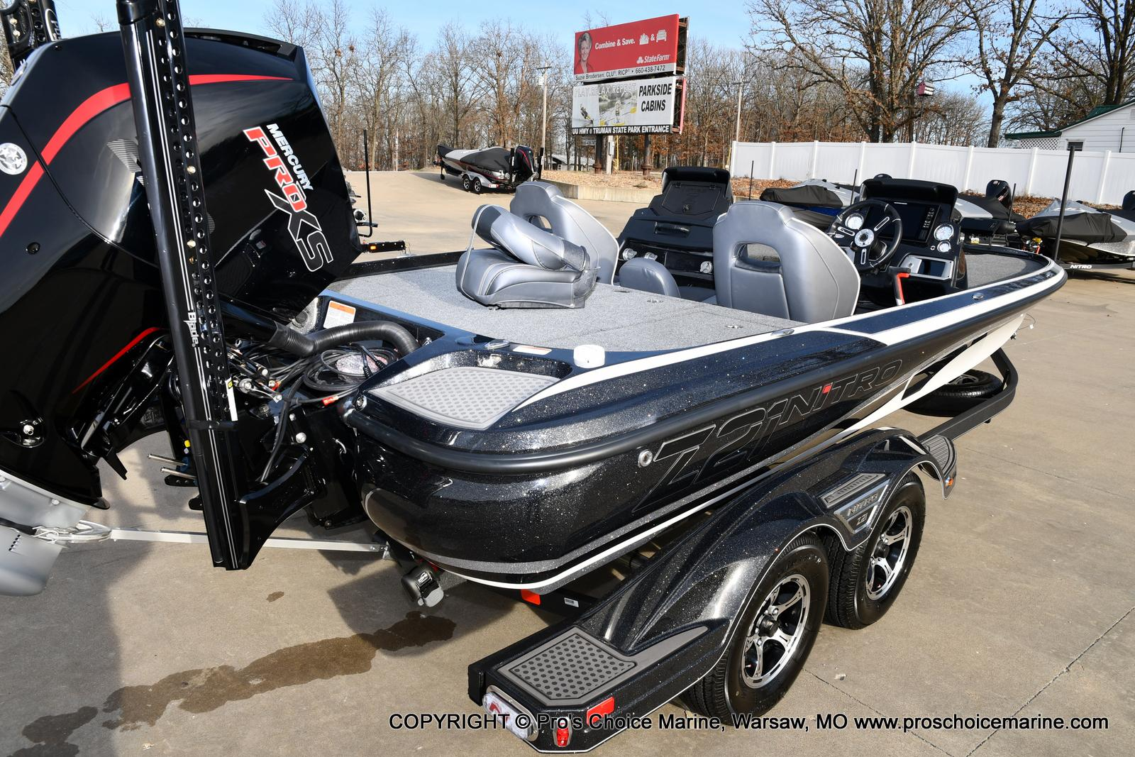 2021 Nitro boat for sale, model of the boat is Z21 Pro Package DUAL CONSOLE & Image # 4 of 50