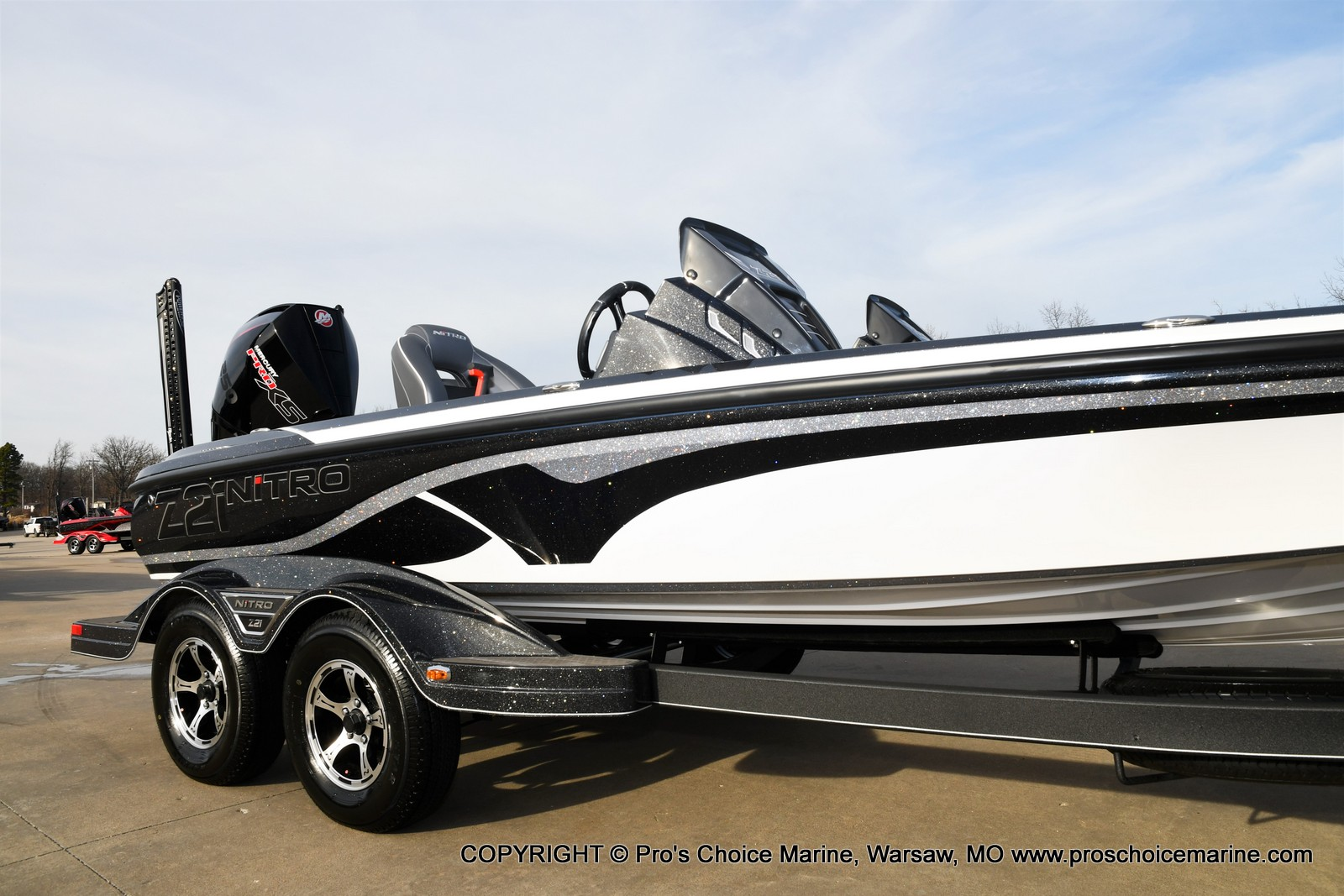 2021 Nitro boat for sale, model of the boat is Z21 Pro Package DUAL CONSOLE & Image # 3 of 50