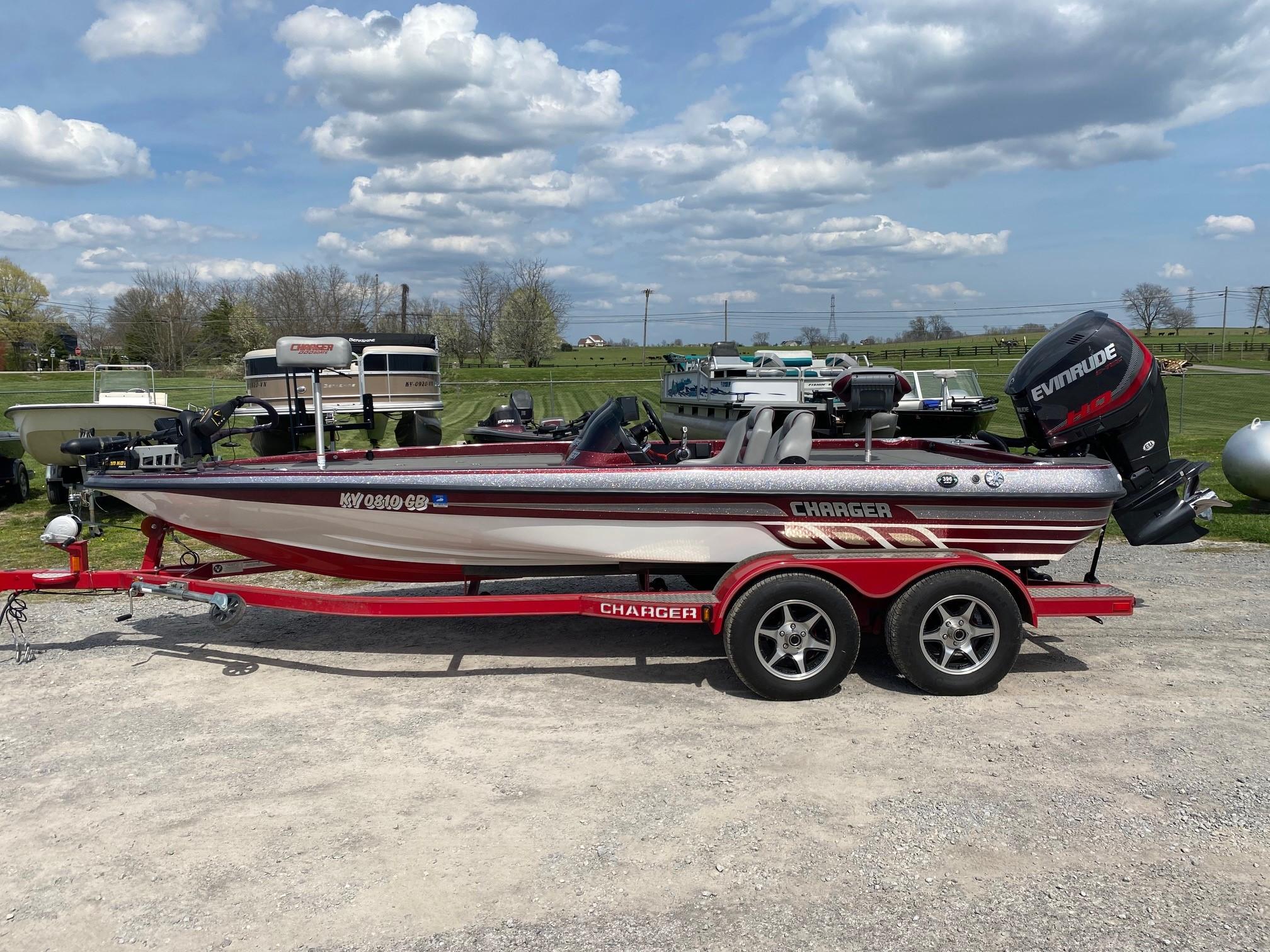 2016 Charger Bass Boat 396 thumbnail