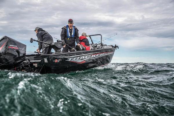 2021 Tracker Boats boat for sale, model of the boat is Targa V-19 WT & Image # 79 of 80