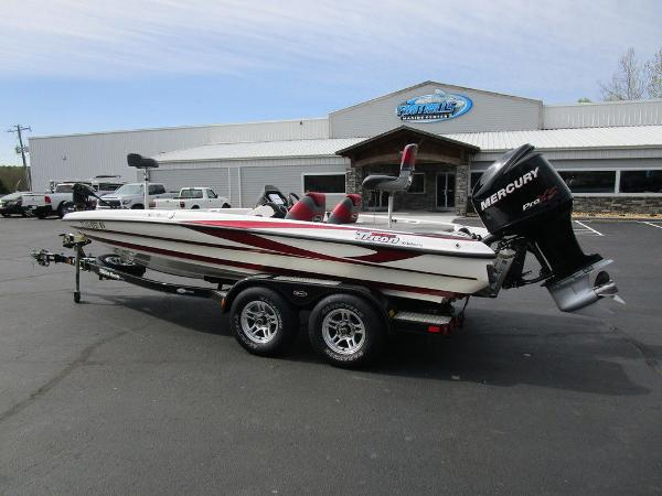 2011 Triton boat for sale, model of the boat is 19SE & Image # 3 of 49