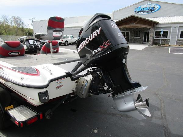 2011 Triton boat for sale, model of the boat is 19SE & Image # 4 of 49