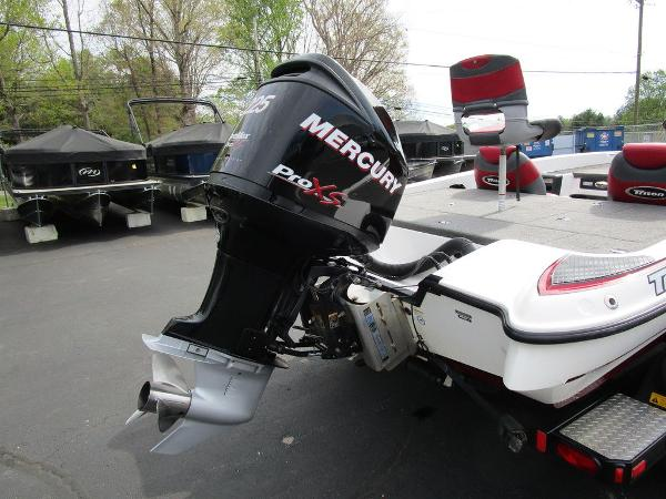 2011 Triton boat for sale, model of the boat is 19SE & Image # 5 of 49