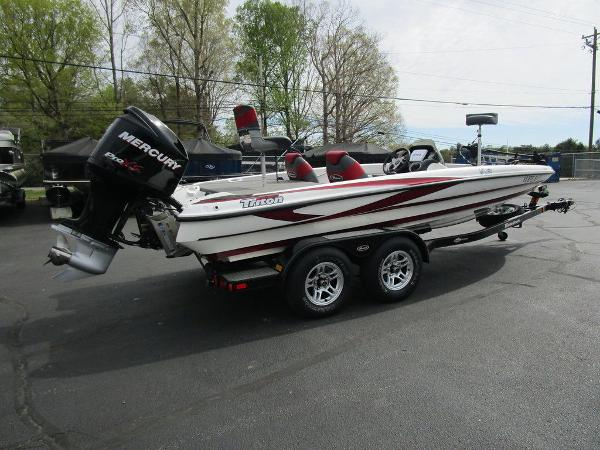 2011 Triton boat for sale, model of the boat is 19SE & Image # 6 of 49