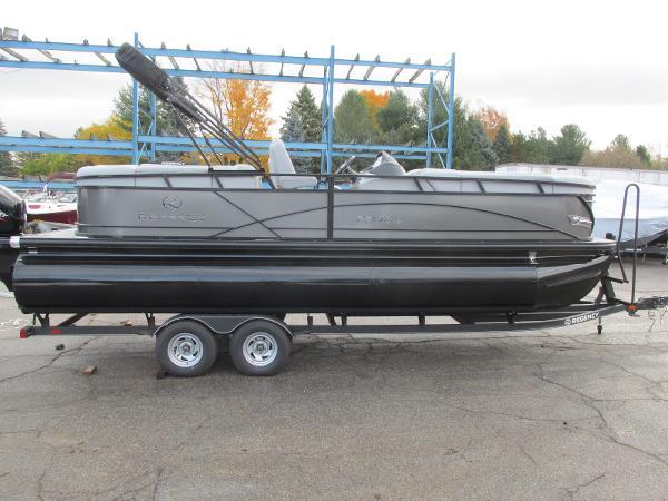 2021 Regency boat for sale, model of the boat is 230 DL3 & Image # 3 of 31