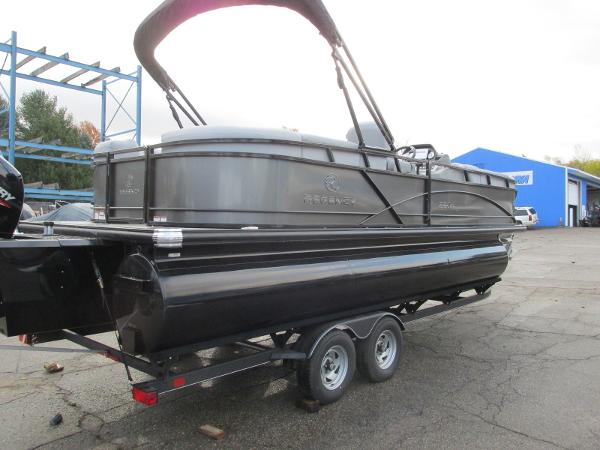 2021 Regency boat for sale, model of the boat is 230 DL3 & Image # 4 of 31