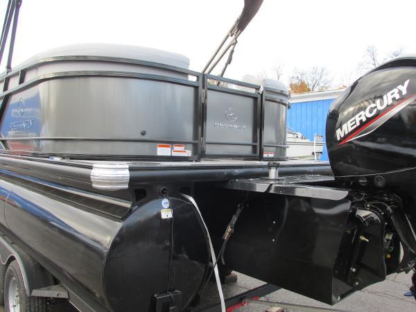 2021 Regency boat for sale, model of the boat is 230 DL3 & Image # 7 of 31