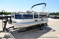 2021 Sun Tracker boat for sale, model of the boat is Bass Buggy 16 XL & Image # 21 of 46