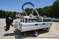 2021 Sun Tracker boat for sale, model of the boat is Bass Buggy 16 XL & Image # 26 of 46