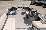 2021 Sun Tracker boat for sale, model of the boat is Bass Buggy 16 XL & Image # 36 of 46