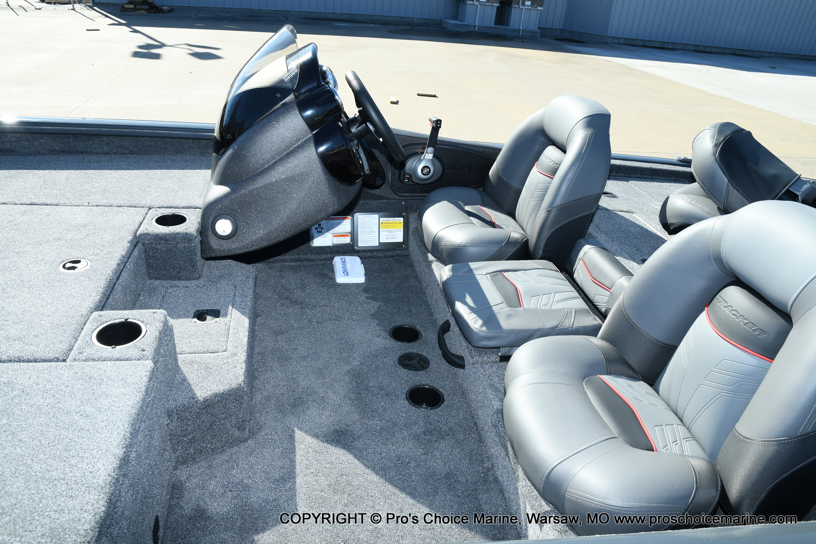 2021 Tracker Boats boat for sale, model of the boat is Pro Team 190 TX & Image # 17 of 50