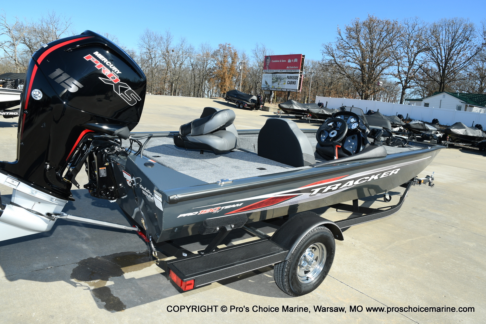 2021 Tracker Boats boat for sale, model of the boat is Pro Team 190 TX & Image # 37 of 50