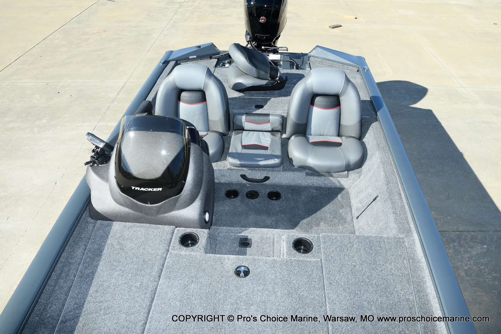 2021 Tracker Boats boat for sale, model of the boat is Pro Team 190 TX & Image # 7 of 50