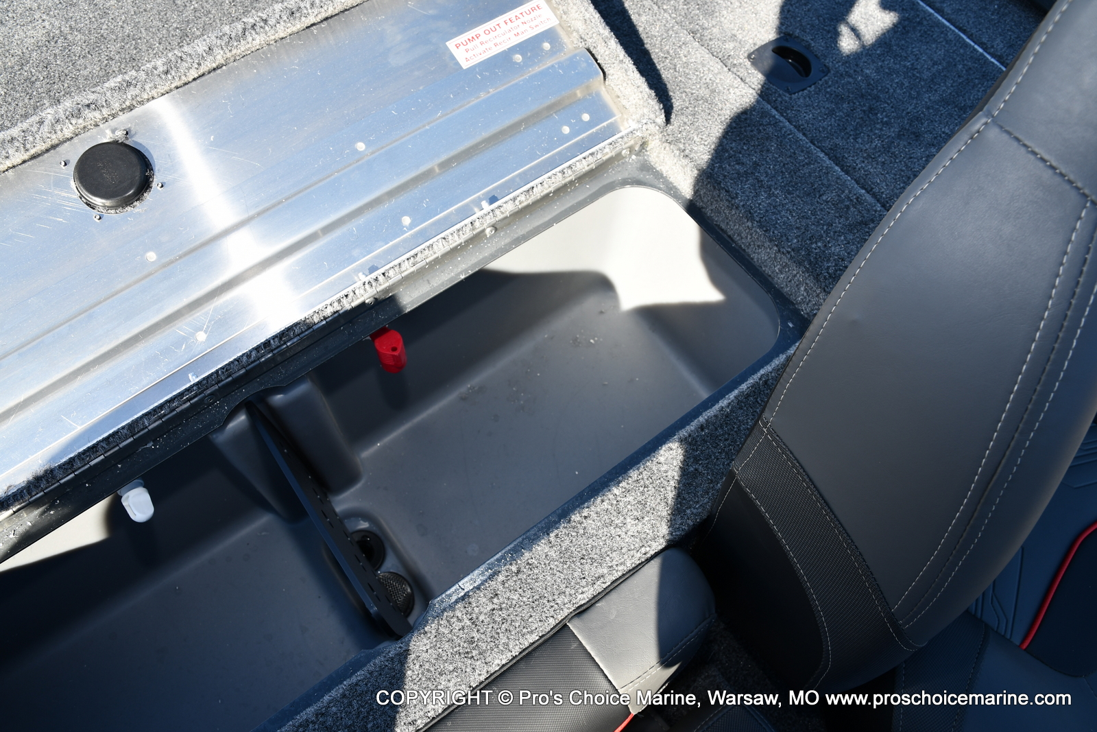 2021 Tracker Boats boat for sale, model of the boat is Pro Team 190 TX & Image # 48 of 50
