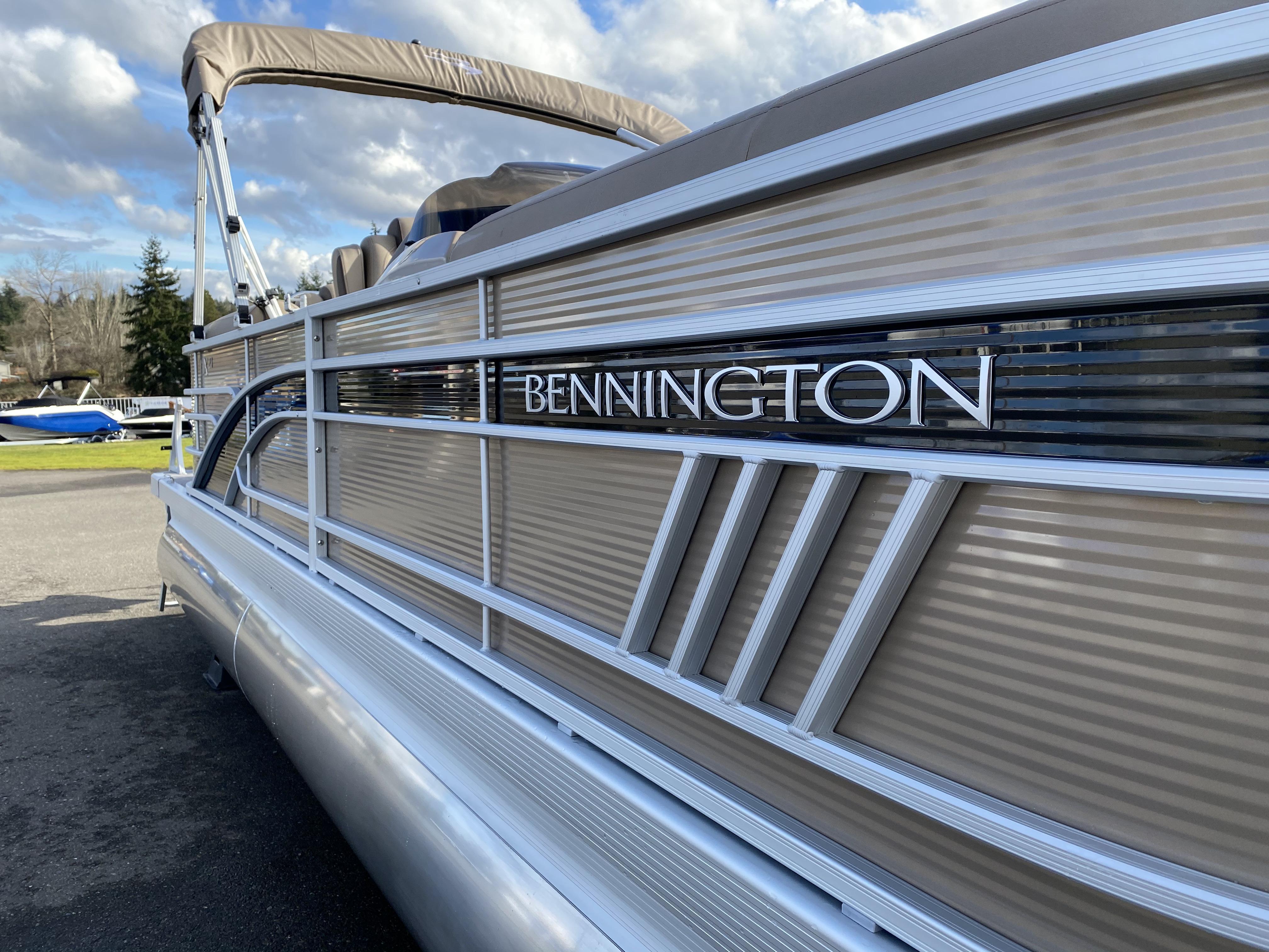2021 Bennington 23 LXSR