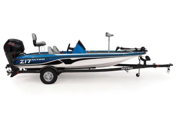 2021 Nitro boat for sale, model of the boat is Z17 & Image # 11 of 57
