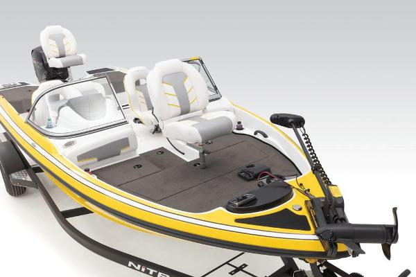 2021 Nitro boat for sale, model of the boat is Z19 Sport & Image # 20 of 60