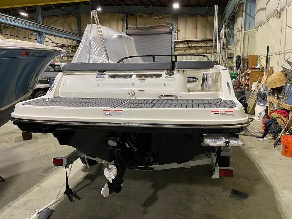 2021 Bayliner boat for sale, model of the boat is VR5 & Image # 2 of 8