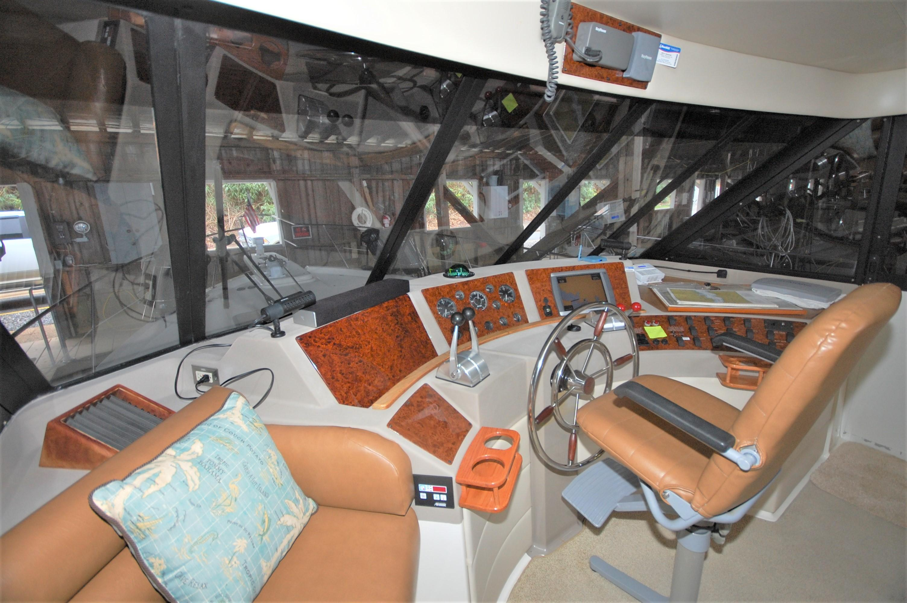 V 5930 SS Knot 10 Yacht Sales