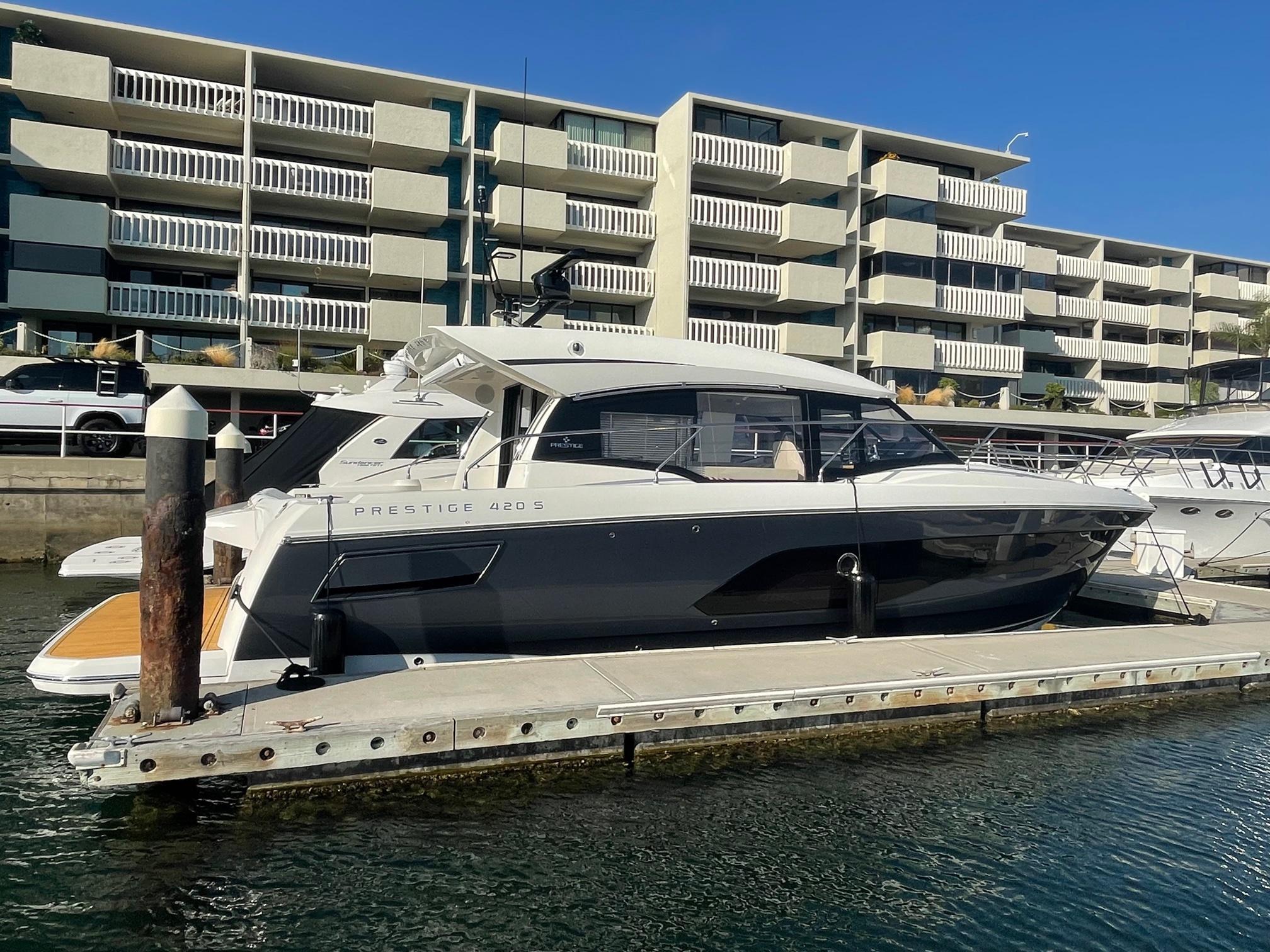 2020 Prestige 420 S #TB004BB-LLC inventory image at Sun Country Coastal in Newport Beach