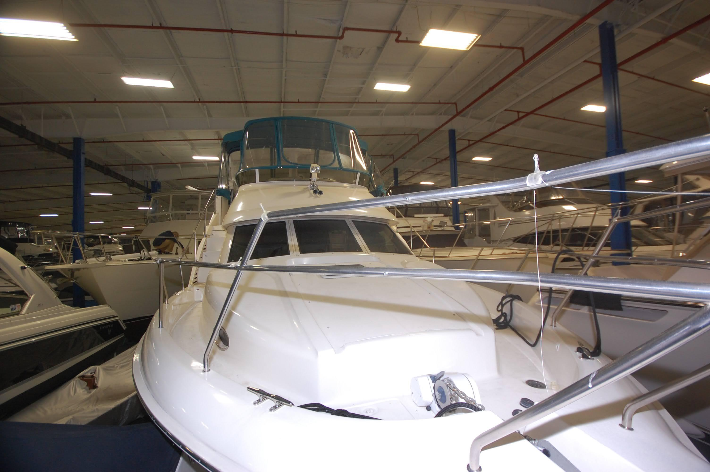 O 6044 HG Knot 10 Yacht Sales