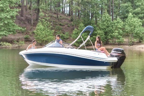 2021 Tahoe boat for sale, model of the boat is 450 TS & Image # 4 of 60