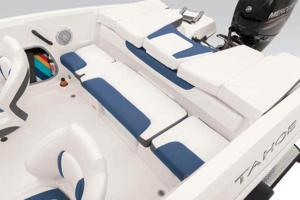 2021 Tahoe boat for sale, model of the boat is 450 TS & Image # 37 of 60