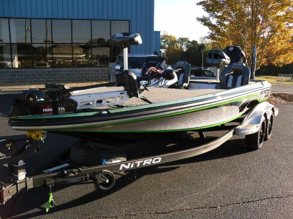 2021 Nitro boat for sale, model of the boat is Z20 Pro & Image # 3 of 52