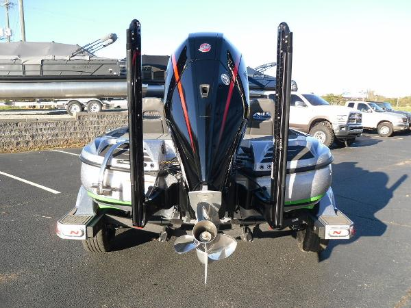 2021 Nitro boat for sale, model of the boat is Z20 Pro & Image # 5 of 52
