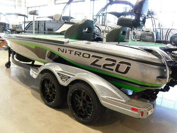 2021 Nitro boat for sale, model of the boat is Z20 Pro & Image # 7 of 52