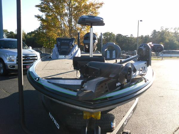 2021 Nitro boat for sale, model of the boat is Z20 Pro & Image # 9 of 52