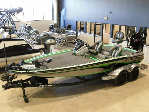 2021 Nitro boat for sale, model of the boat is Z20 Pro & Image # 10 of 52