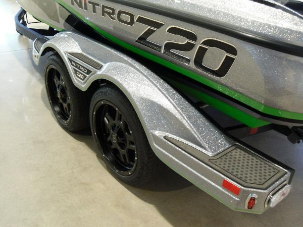 2021 Nitro boat for sale, model of the boat is Z20 Pro & Image # 18 of 52