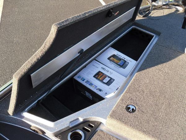 2021 Nitro boat for sale, model of the boat is Z20 Pro & Image # 23 of 52