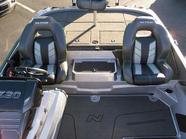 2021 Nitro boat for sale, model of the boat is Z20 Pro & Image # 31 of 52