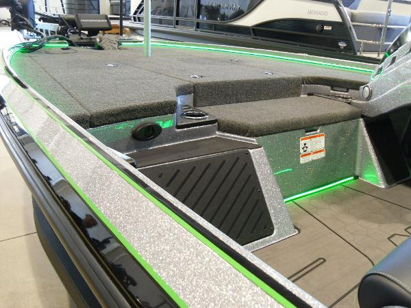 2021 Nitro boat for sale, model of the boat is Z20 Pro & Image # 51 of 52