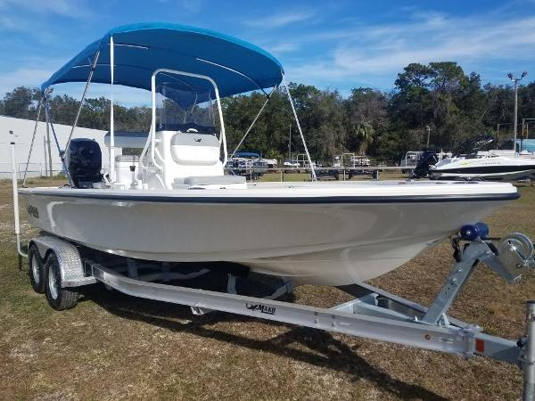 2020 Mako boat for sale, model of the boat is 21 LTS & Image # 2 of 16