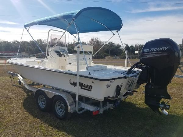 2020 Mako boat for sale, model of the boat is 21 LTS & Image # 4 of 16