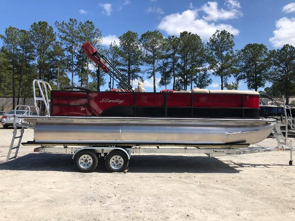 2021 Bentley boat for sale, model of the boat is 223 Swingback (3/4 Tube) & Image # 4 of 28