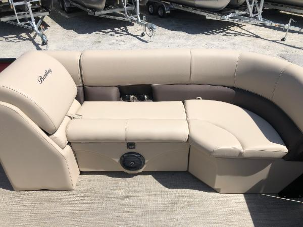2021 Bentley boat for sale, model of the boat is 223 Swingback (3/4 Tube) & Image # 15 of 28