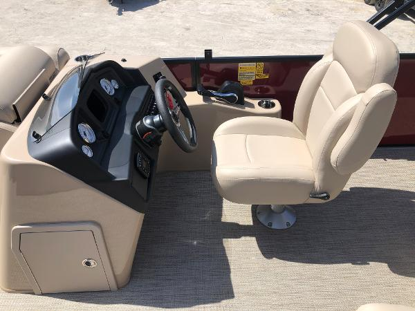 2021 Bentley boat for sale, model of the boat is 223 Swingback (3/4 Tube) & Image # 22 of 28