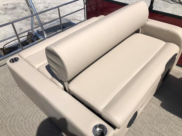 2021 Bentley boat for sale, model of the boat is 223 Swingback (3/4 Tube) & Image # 24 of 28