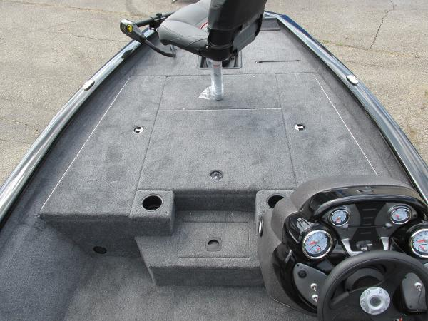2021 Tracker Boats boat for sale, model of the boat is Pro Team 175 TXW & Image # 8 of 26