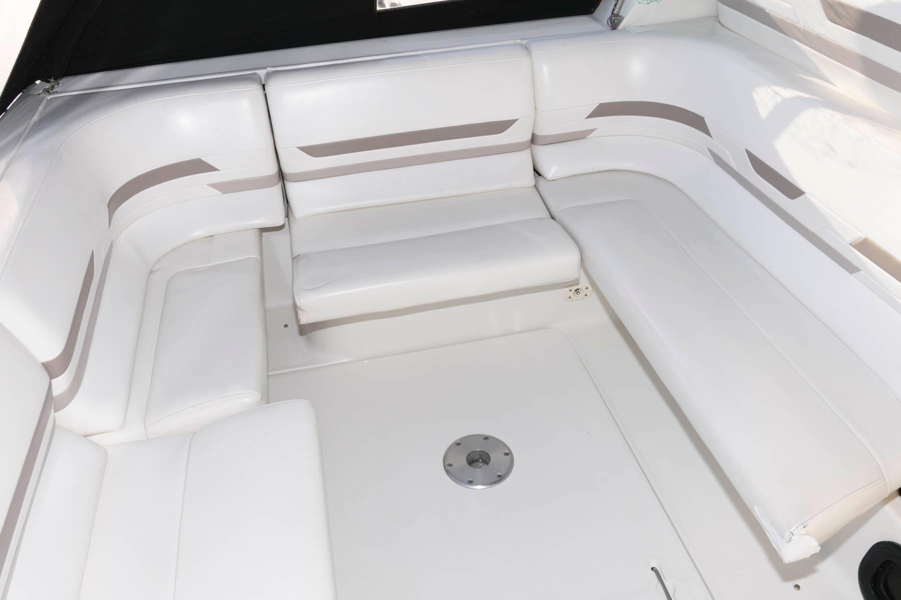 NY 5713 SF Knot 10 Yacht Sales