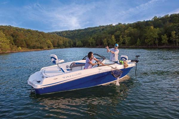 2021 Tahoe boat for sale, model of the boat is 500 TF & Image # 4 of 65