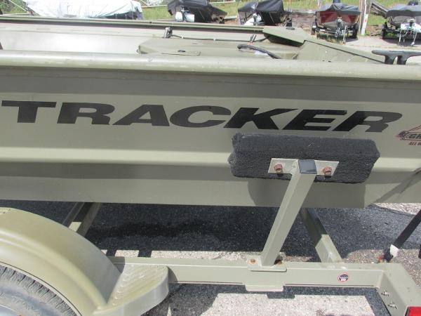 2016 Tracker Boats boat for sale, model of the boat is 1760 MVX Sportsman & Image # 7 of 9