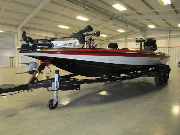 2021 Skeeter boat for sale, model of the boat is ZXR 21 & Image # 11 of 49
