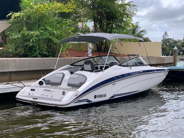 2019 Yamaha Boats 212 S Limited