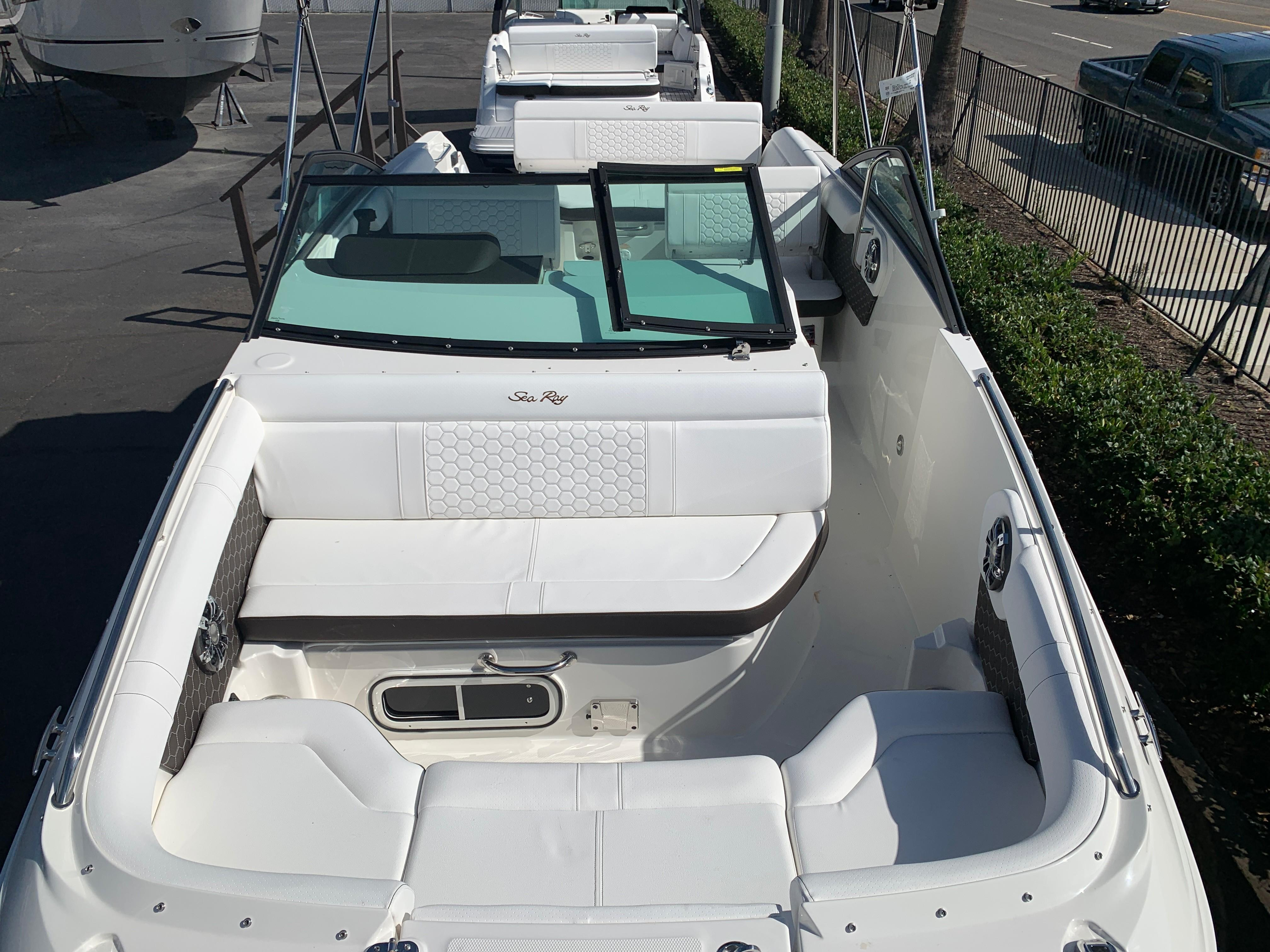 2020 Sea Ray SDX 250 #S1152G inventory image at Sun Country Inland in Irvine
