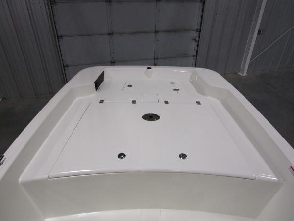 2021 Mako boat for sale, model of the boat is Pro Skiff 17 CC & Image # 21 of 28